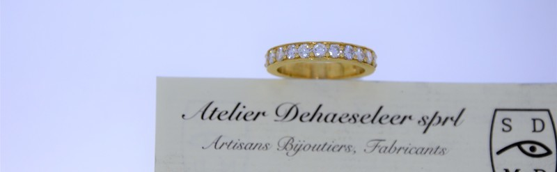 Demi alliance diamant 1carat. Prix 2510 euros.