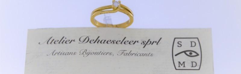 Petit solitaire or jaune diamant de 5 pts. Prix 495 euros.